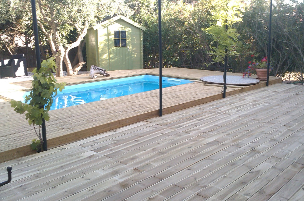 Installation pose de terrasse en bois habillage piscine for Demande de travaux piscine